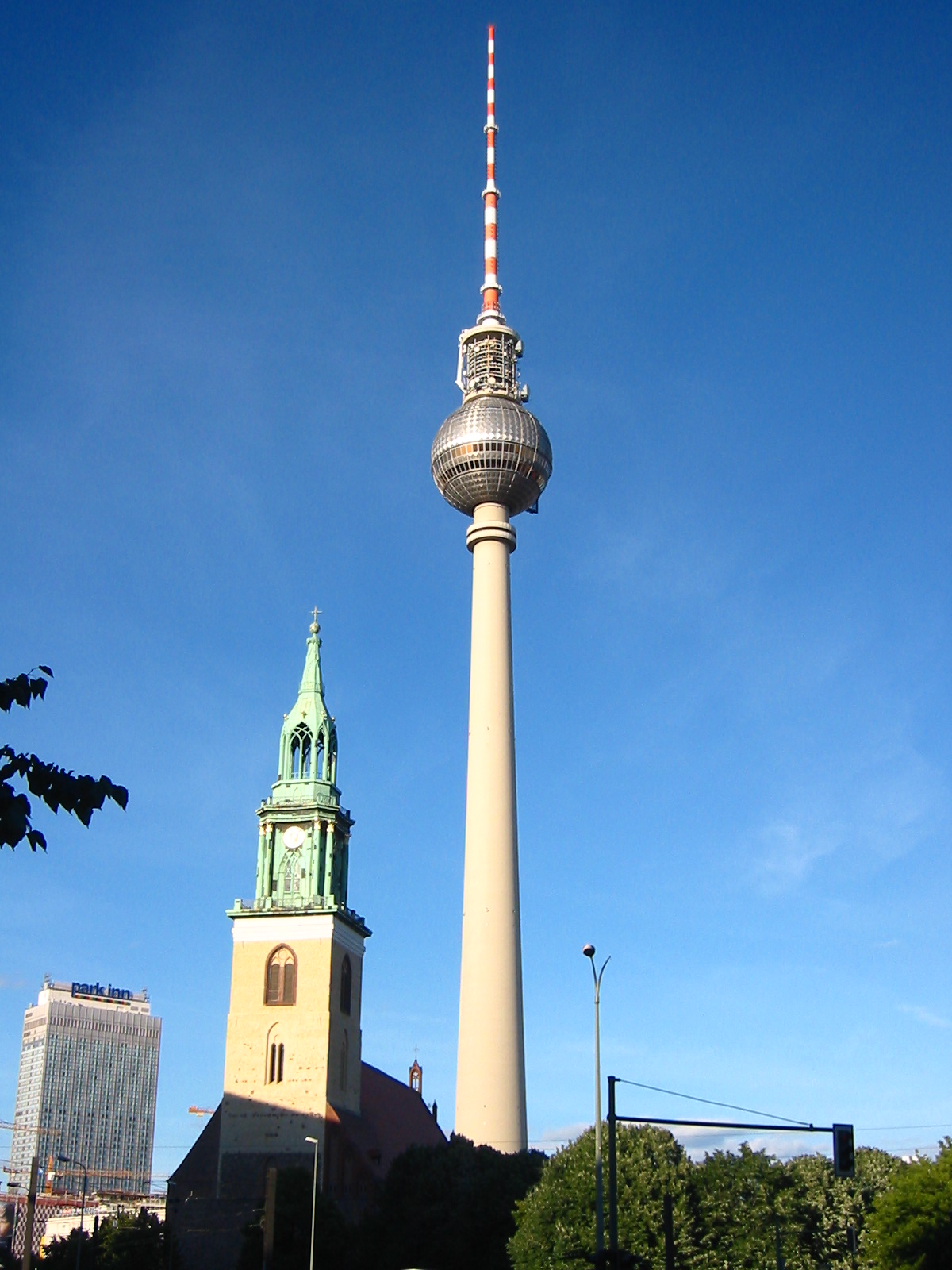 fernsehturm reisensienachberlin. Black Bedroom Furniture Sets. Home Design Ideas