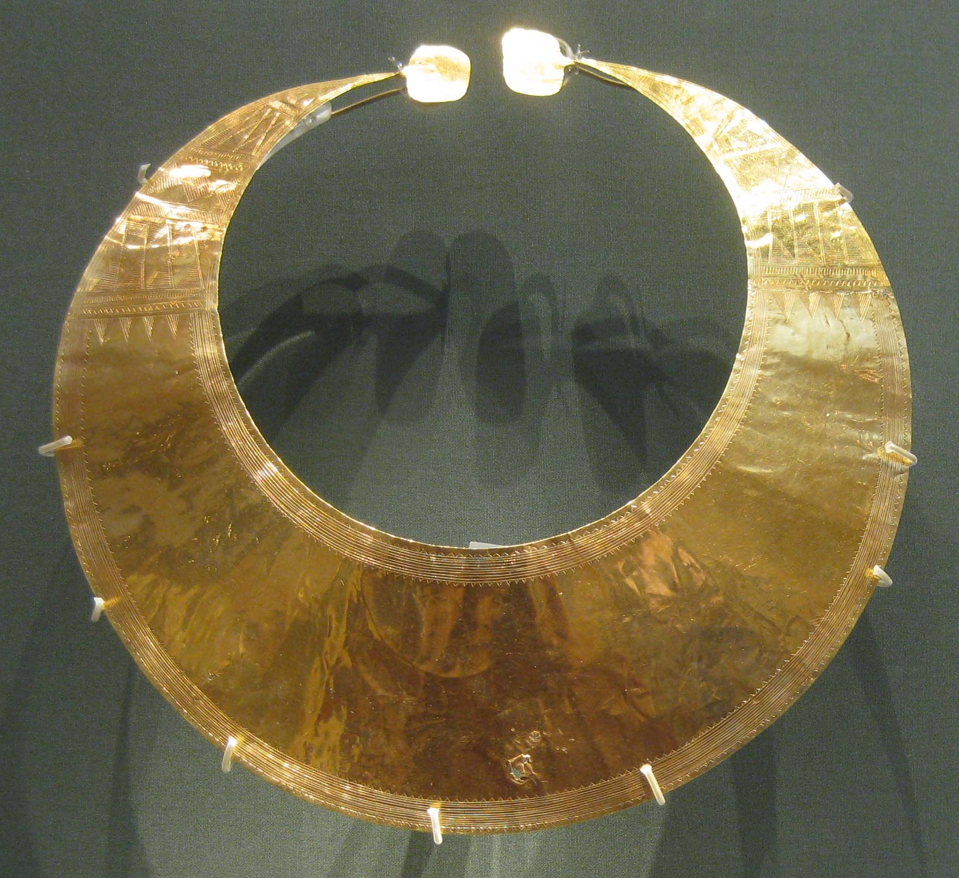 a1d193bc93 Gold working in the Bronze Age British Isles - Wikipedia
