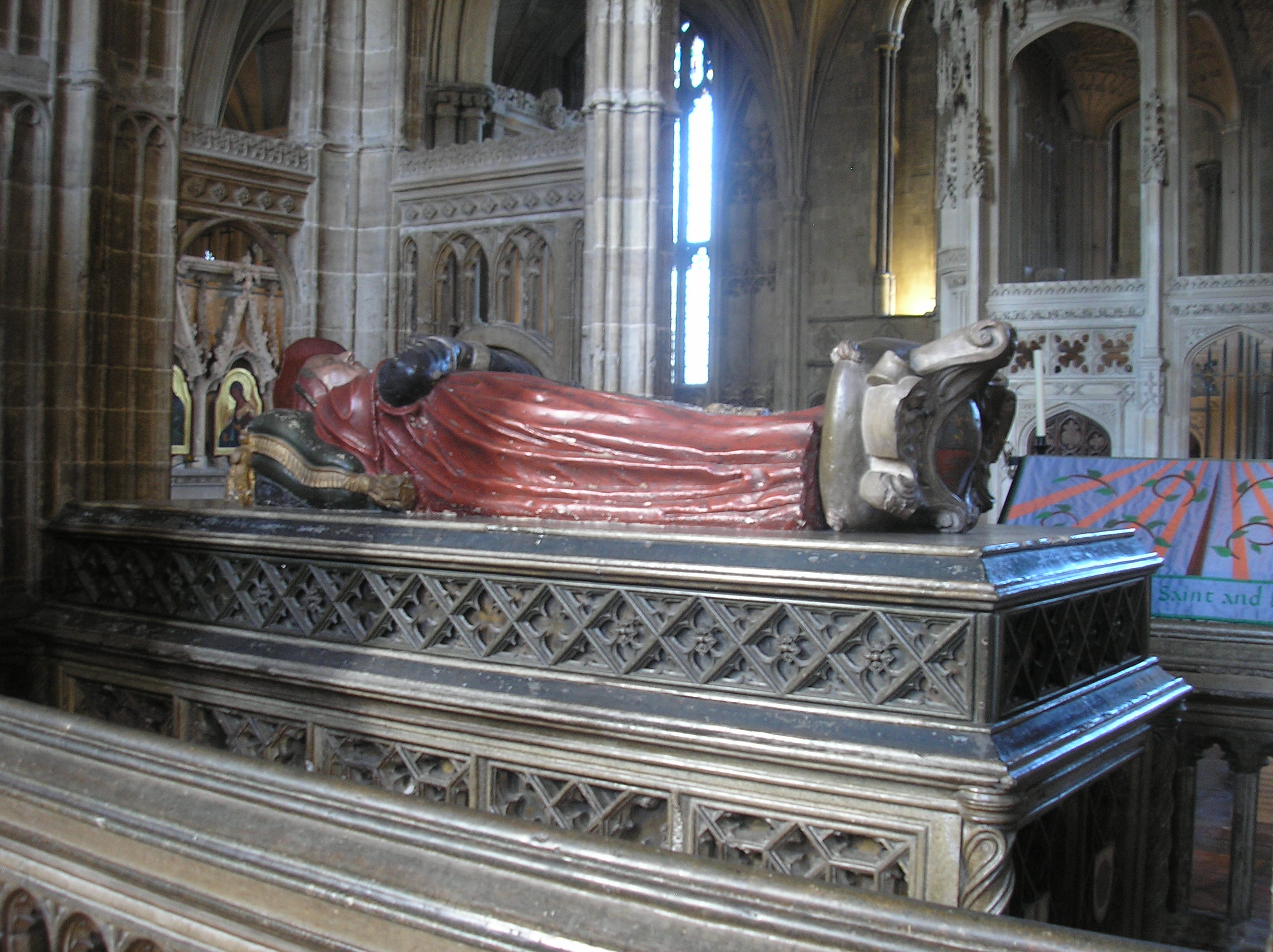 Where Is Princess Diana Buried File Cardinal Beaufort Tomb Winchester Cathedral Jpg
