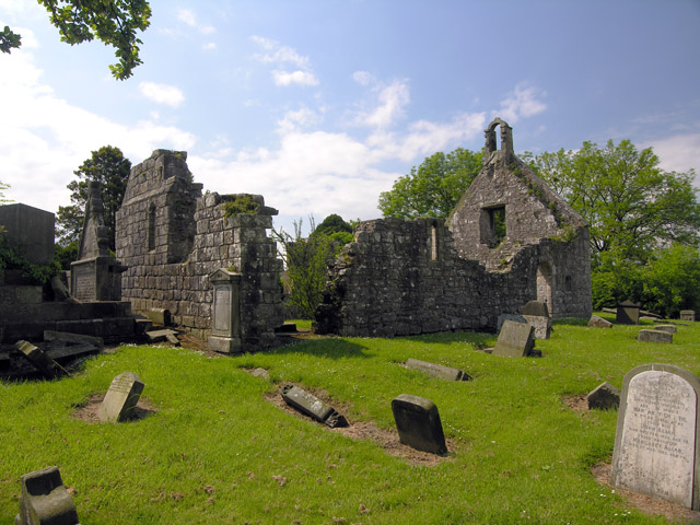 Carnock Church Ruin - North Side - geograph.org.uk - 840267