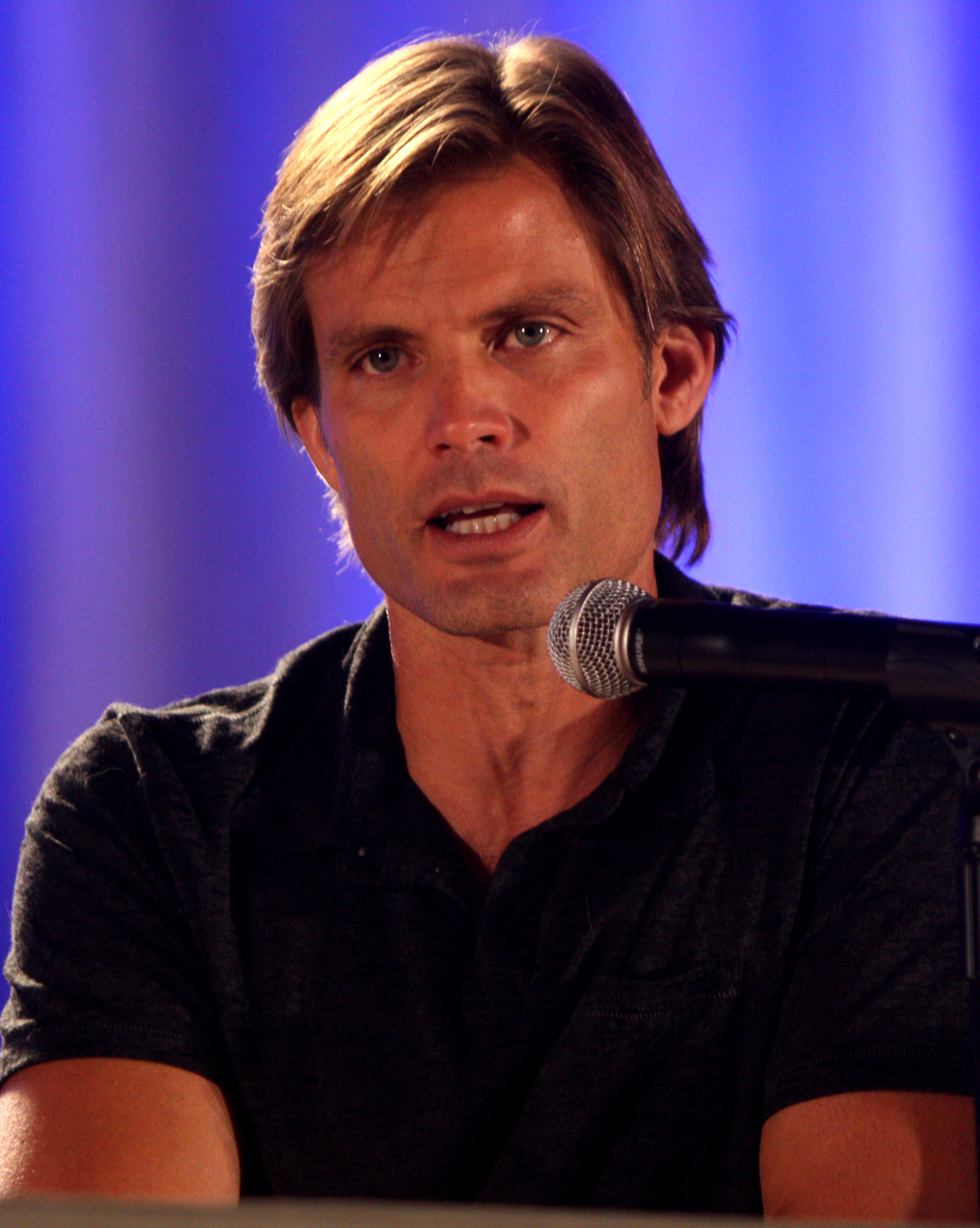 The 49-year old son of father Casper Robert Van Dien, Sr. and mother Diane Morrow Casper Van Dien in 2018 photo. Casper Van Dien earned a  million dollar salary - leaving the net worth at 6 million in 2018