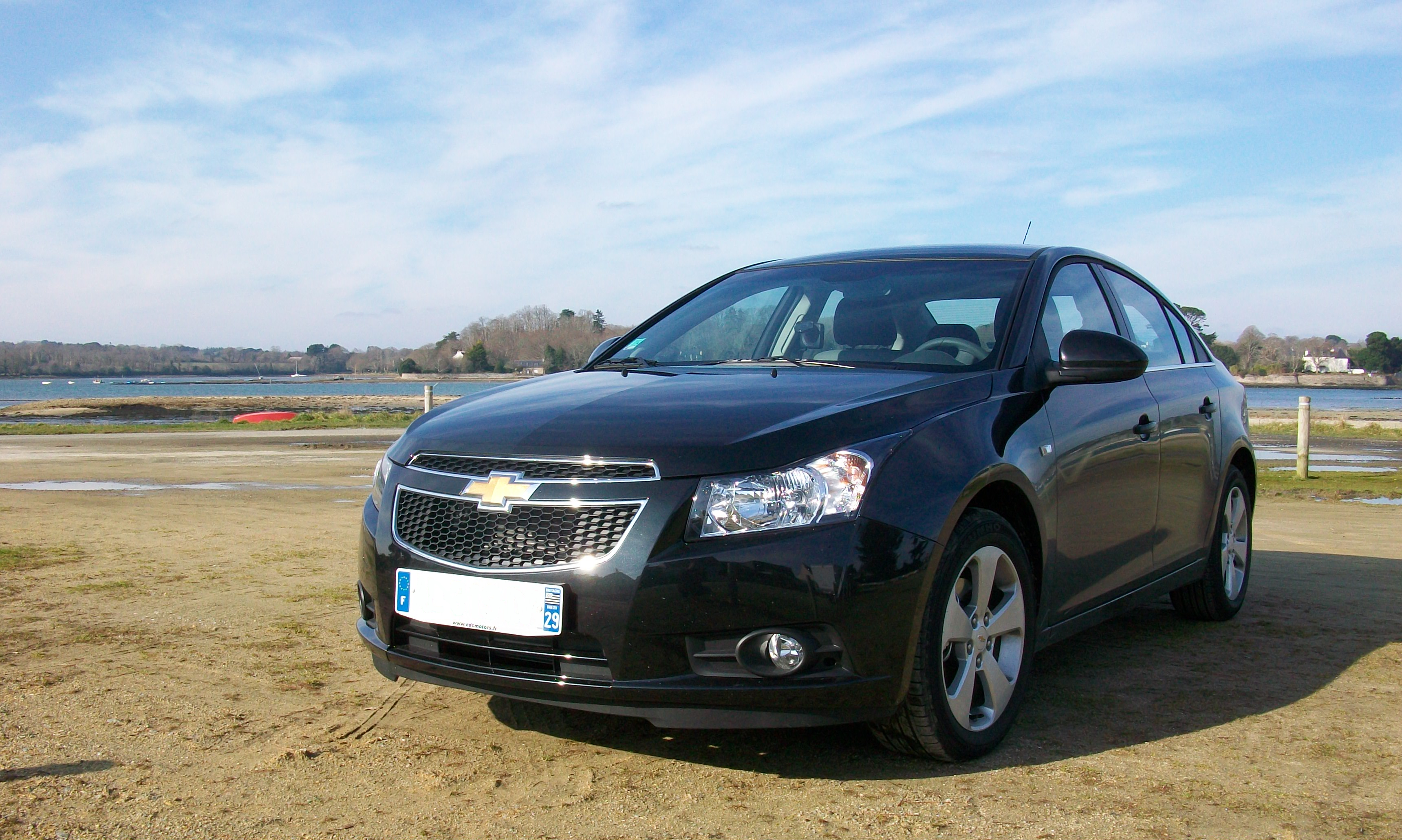File:Chevrolet Cruze.png - Wikimedia Commons
