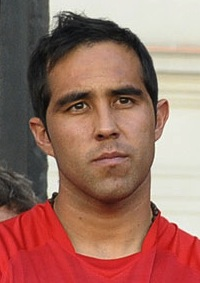 Claudio Bravo headshot