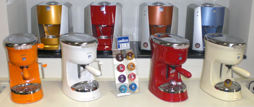 Coffee-machine-showroom-Lavazza-BLUE