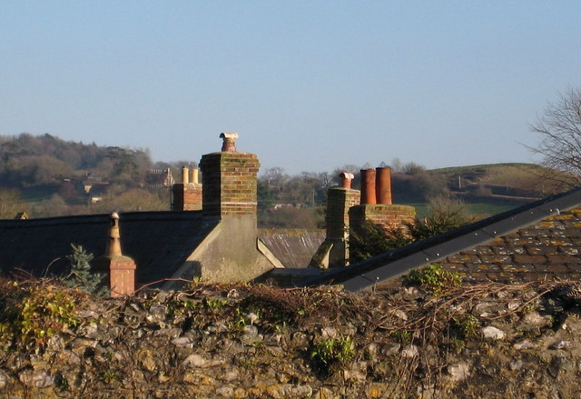 File:Collection of chimney pots - geograph.org.uk - 1175265.jpg