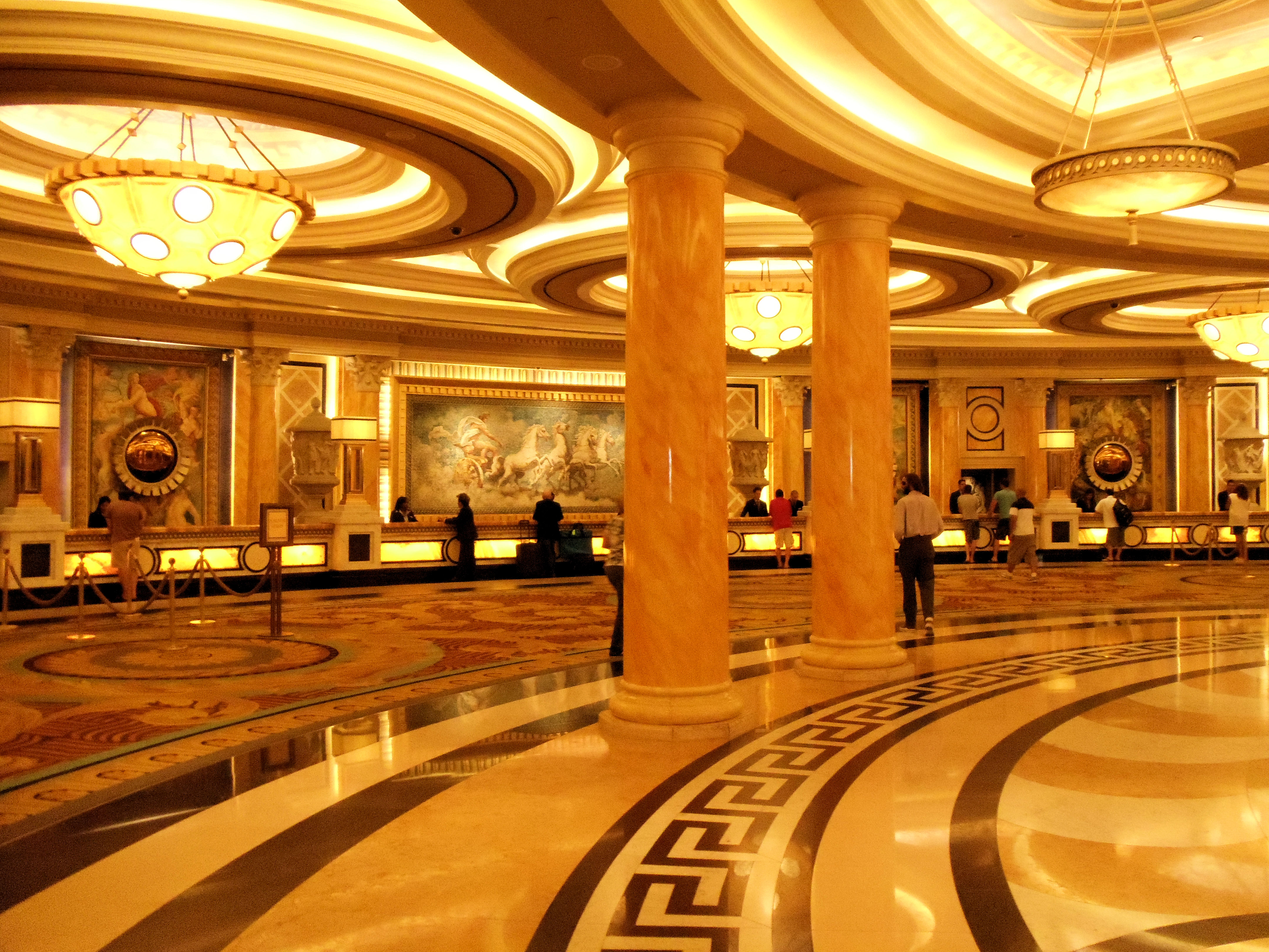 Ceasears Palace Hotel Reviews