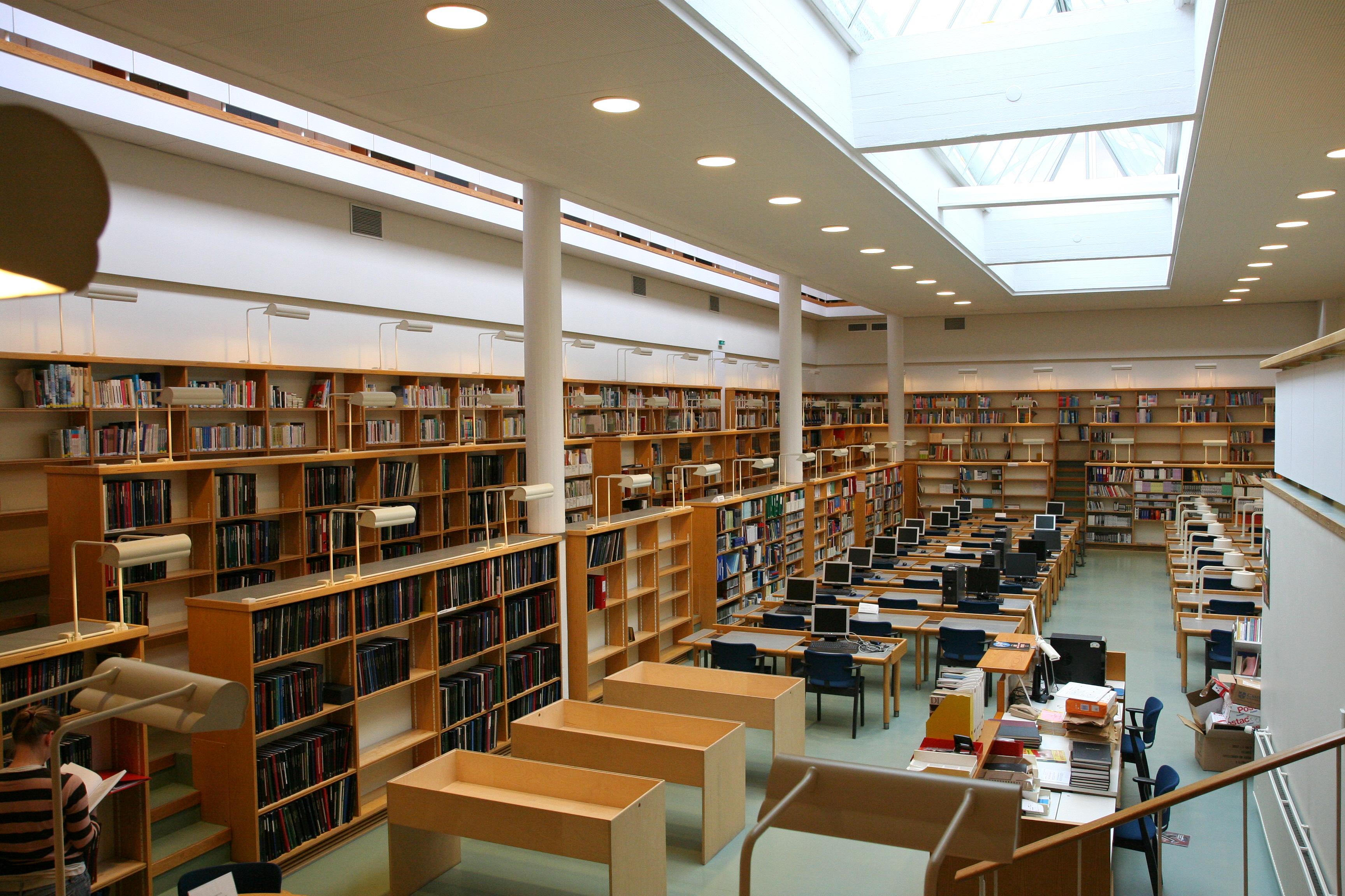 aalto kirjasto jkl