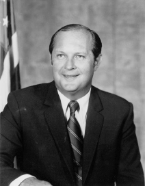 Doug M. Costle official EPA portrait.jpg