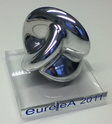 EureleA Award showing a (2,3)-torus knot.