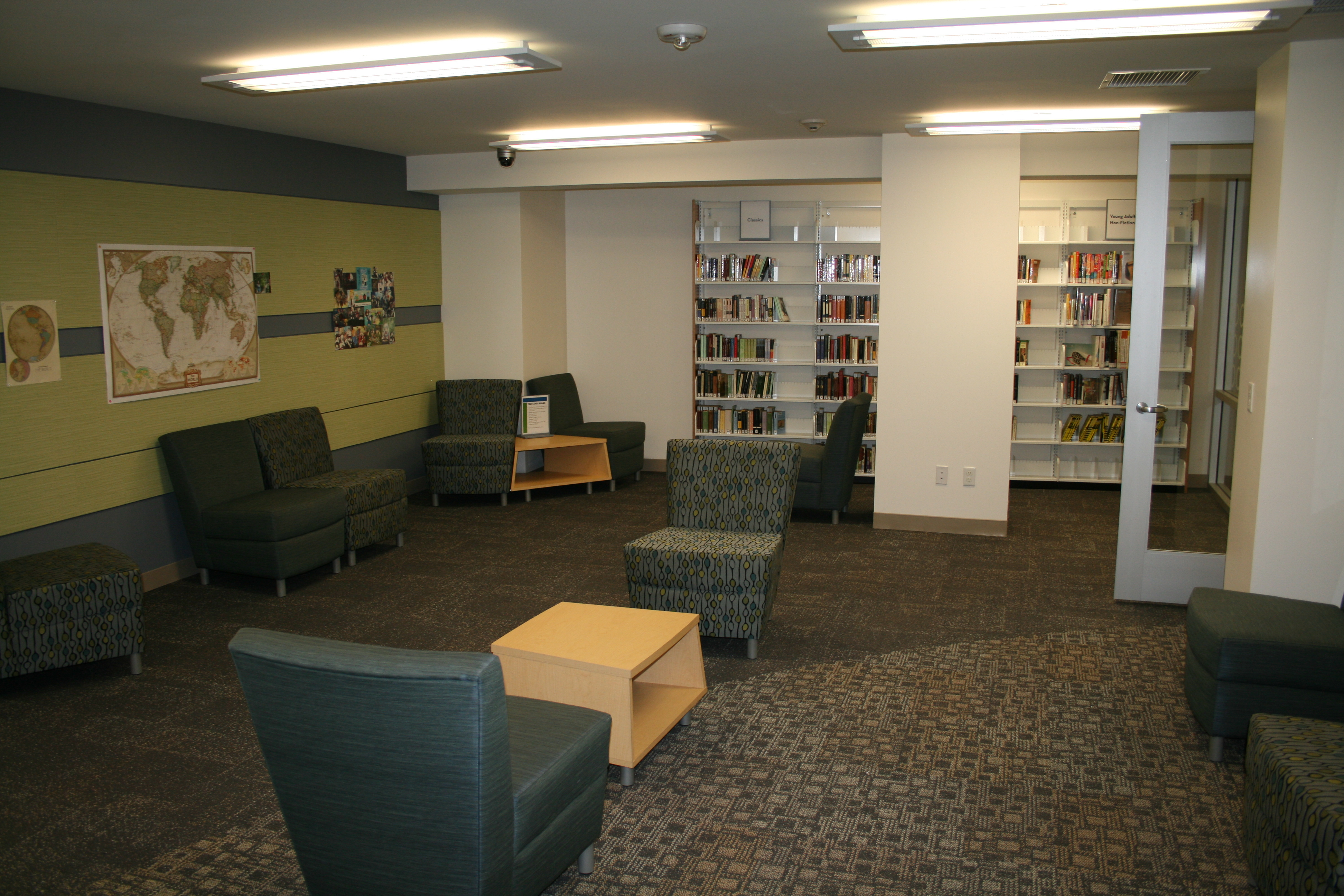 Fullerton Public Library's teen area active room