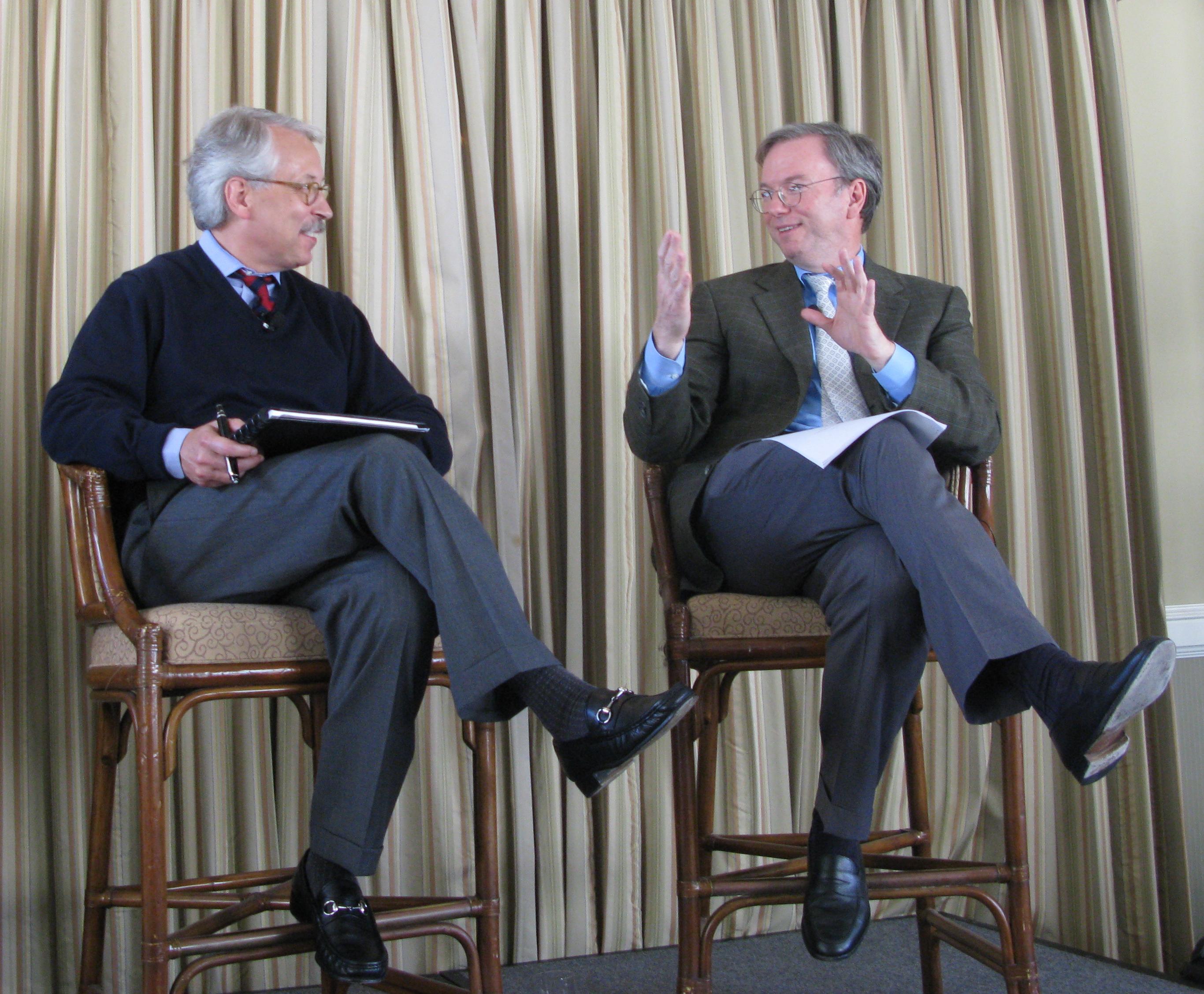 Gary Hamel (left) interviews [[Eric Schmidt]] (right)