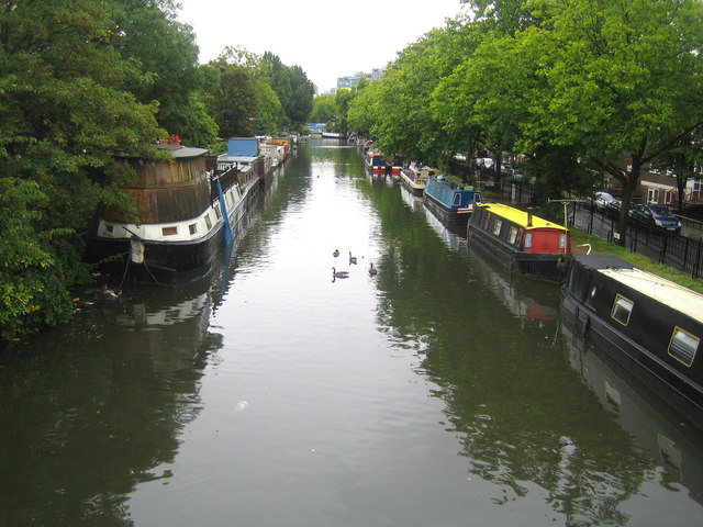 Grand Union Canal in Paddington - geograph.org.uk - 531884