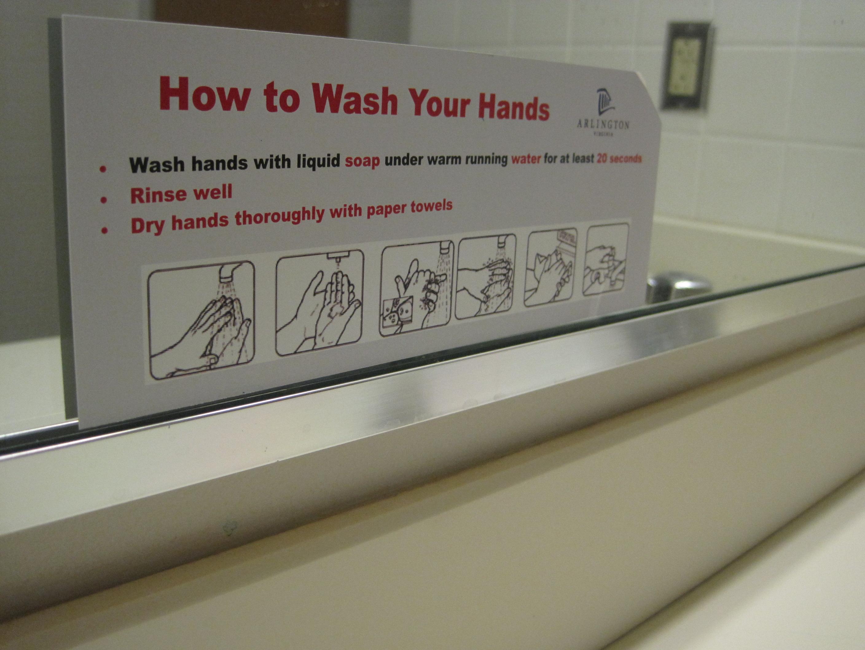 File:Hand washing instructions sign.JPG - Wikimedia Commons