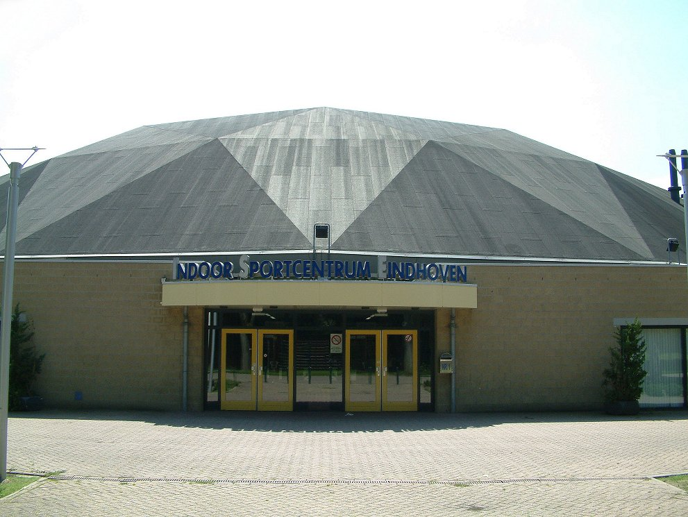 File:Indoor Sportcentrum Eindhoven02.jpg - Wikimedia Commons