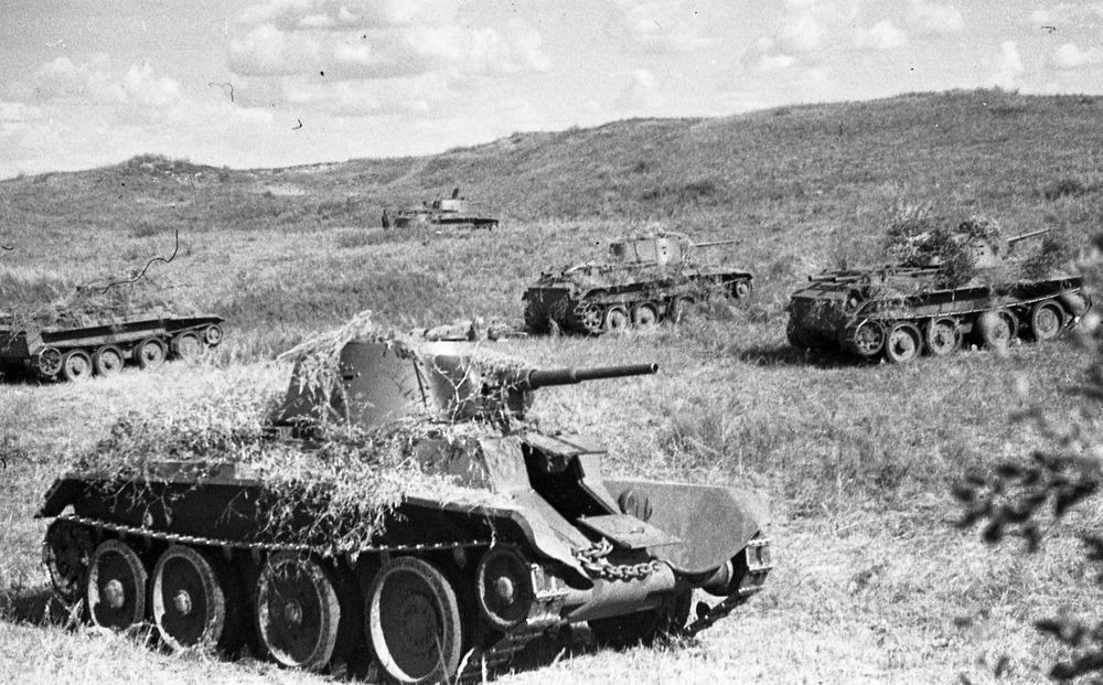 Soviet BT-5s