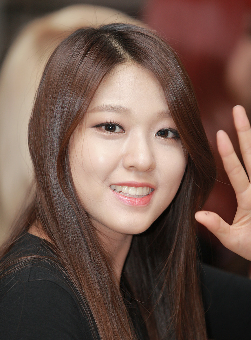 file kim seolhyun at a fansigning event for red motion