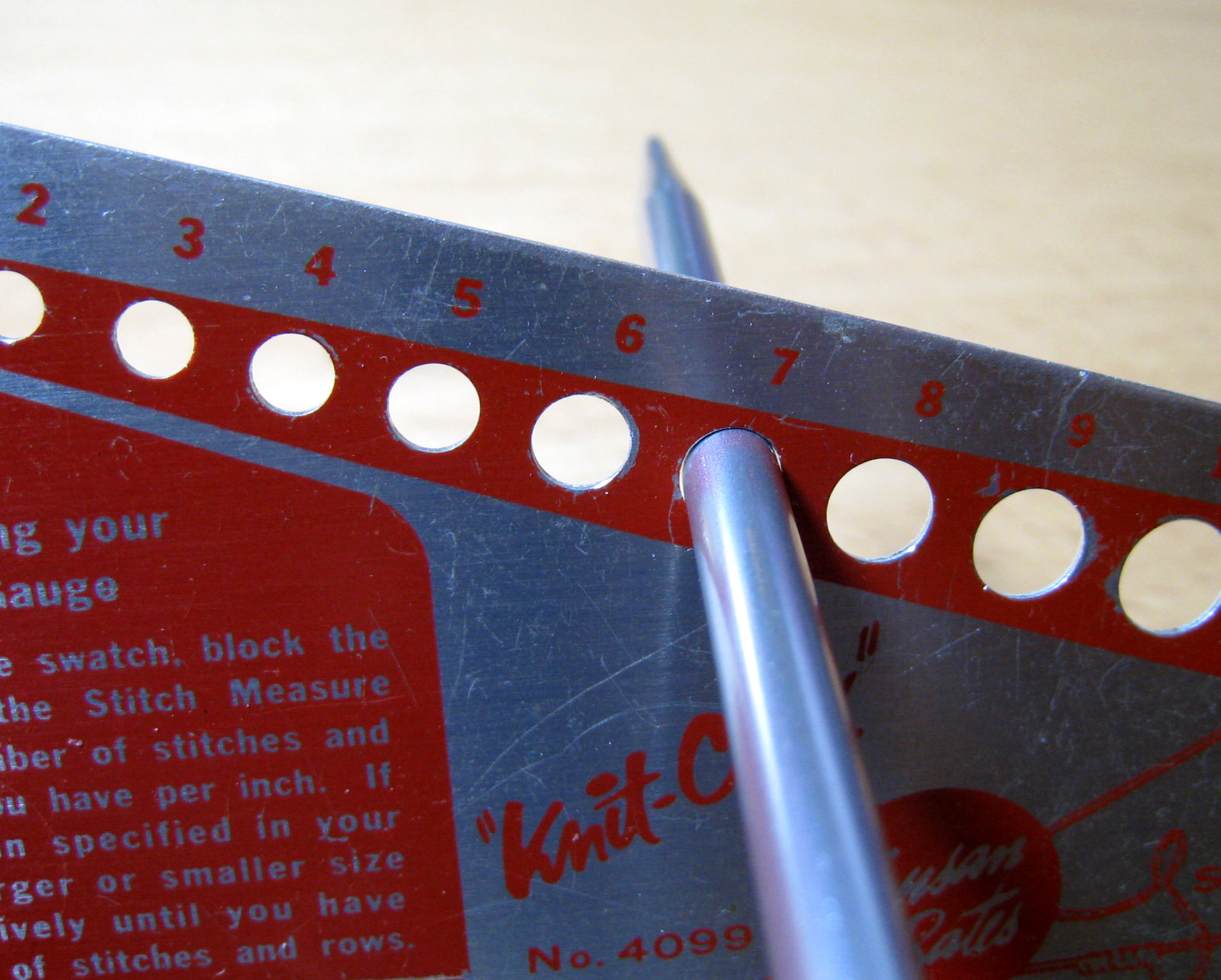 File:Knitting needle size check.jpg