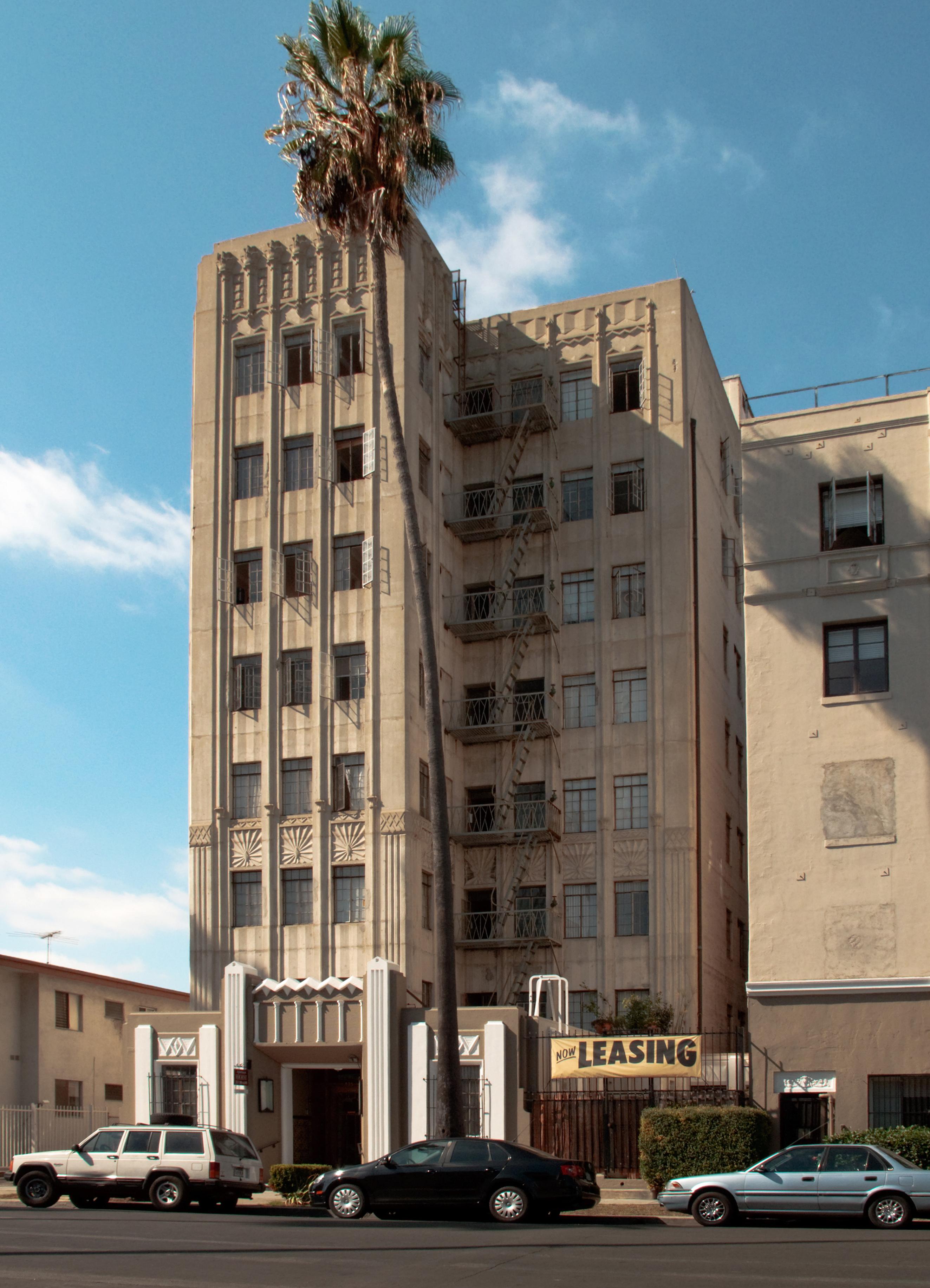 la Marquise Apartments