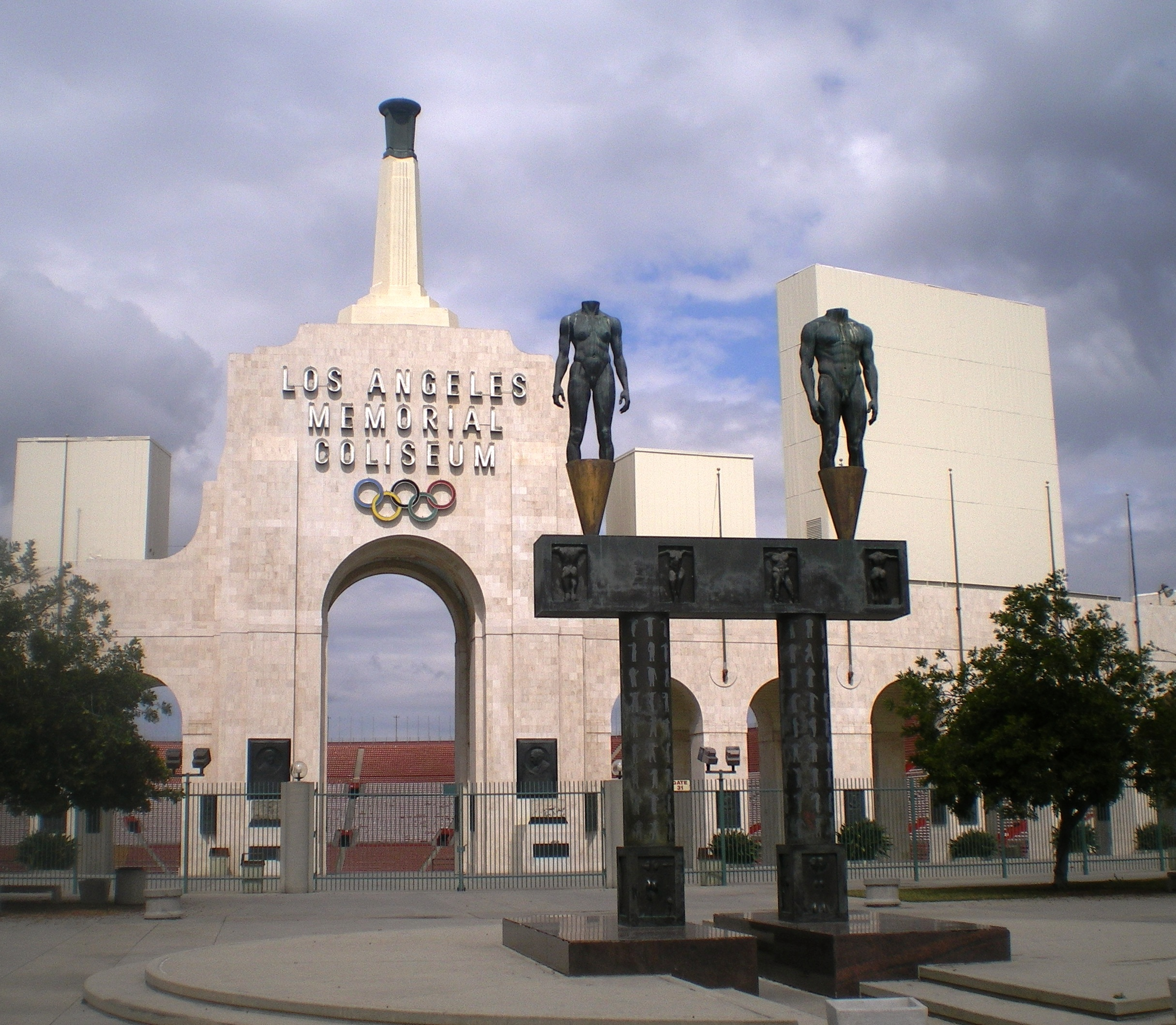 Filelos Angeles Memorial Coliseum Entrancejpg Wikipedia
