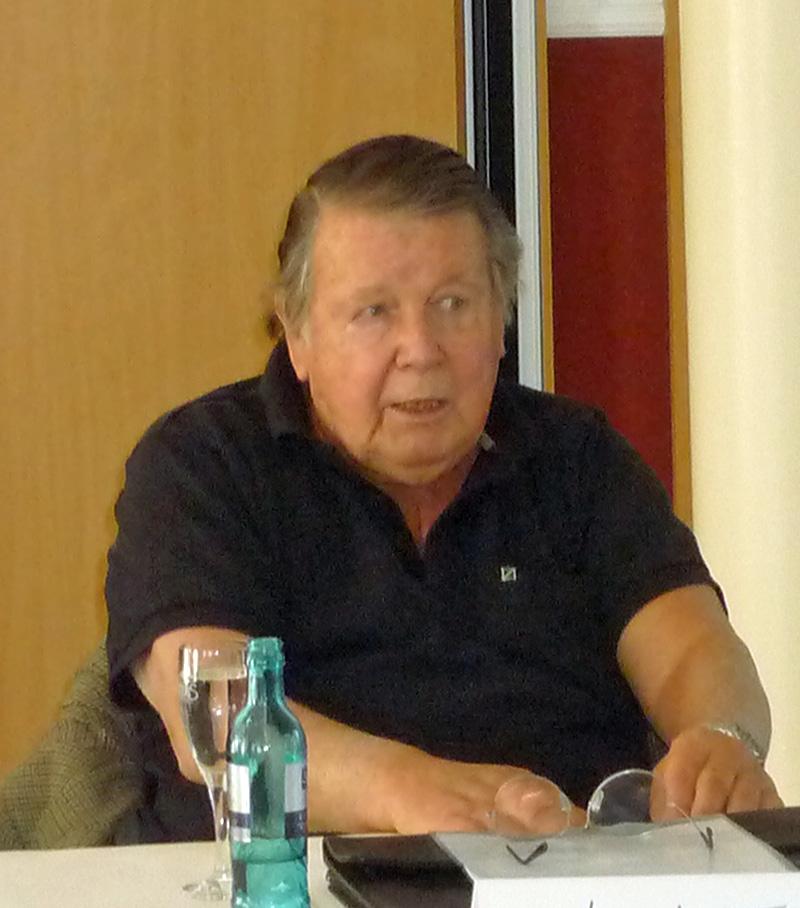 Lothar Loewe tot