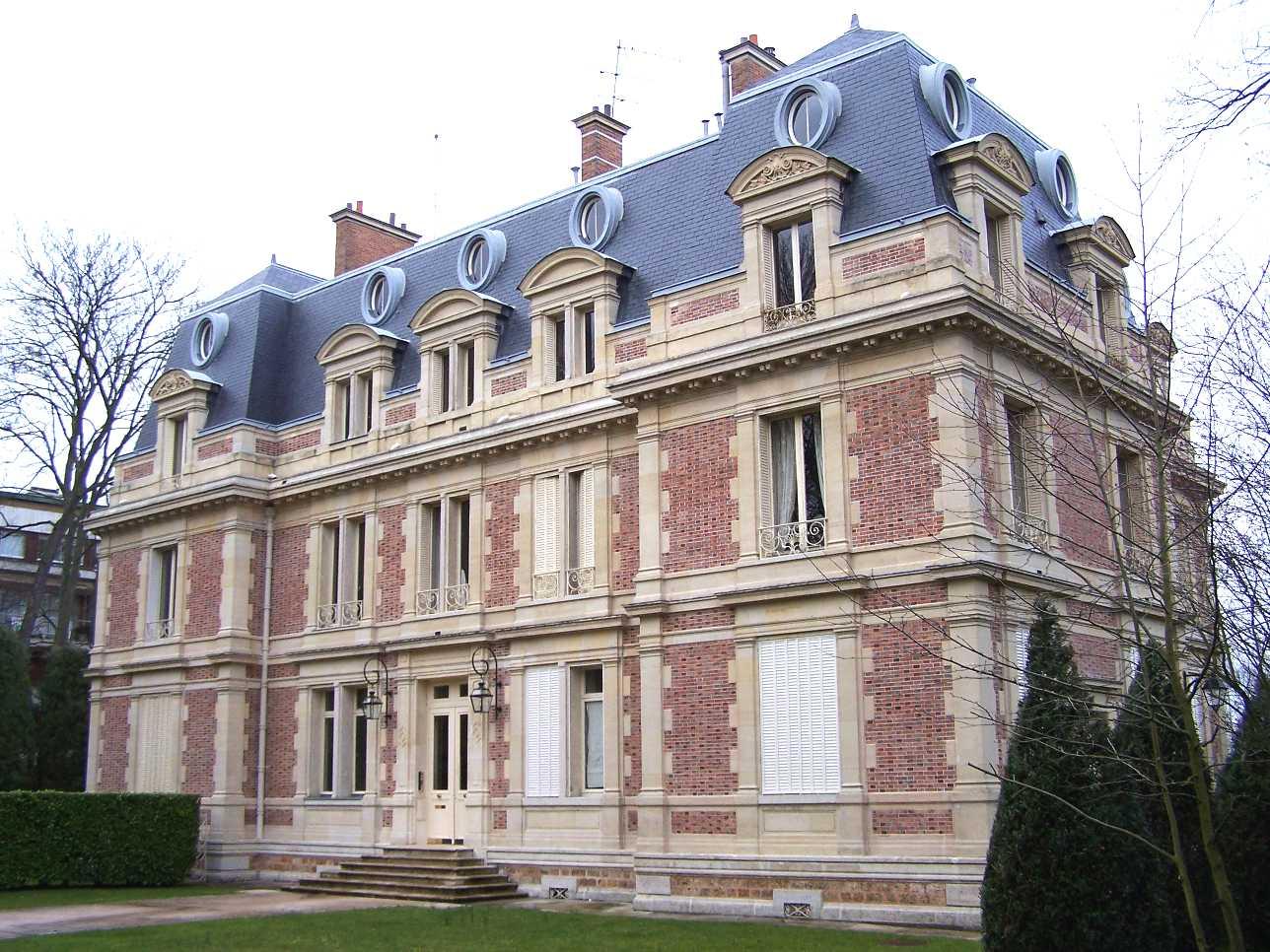 File louveciennes ch teau des wikimedia commons for Chateau louis 14 louveciennes