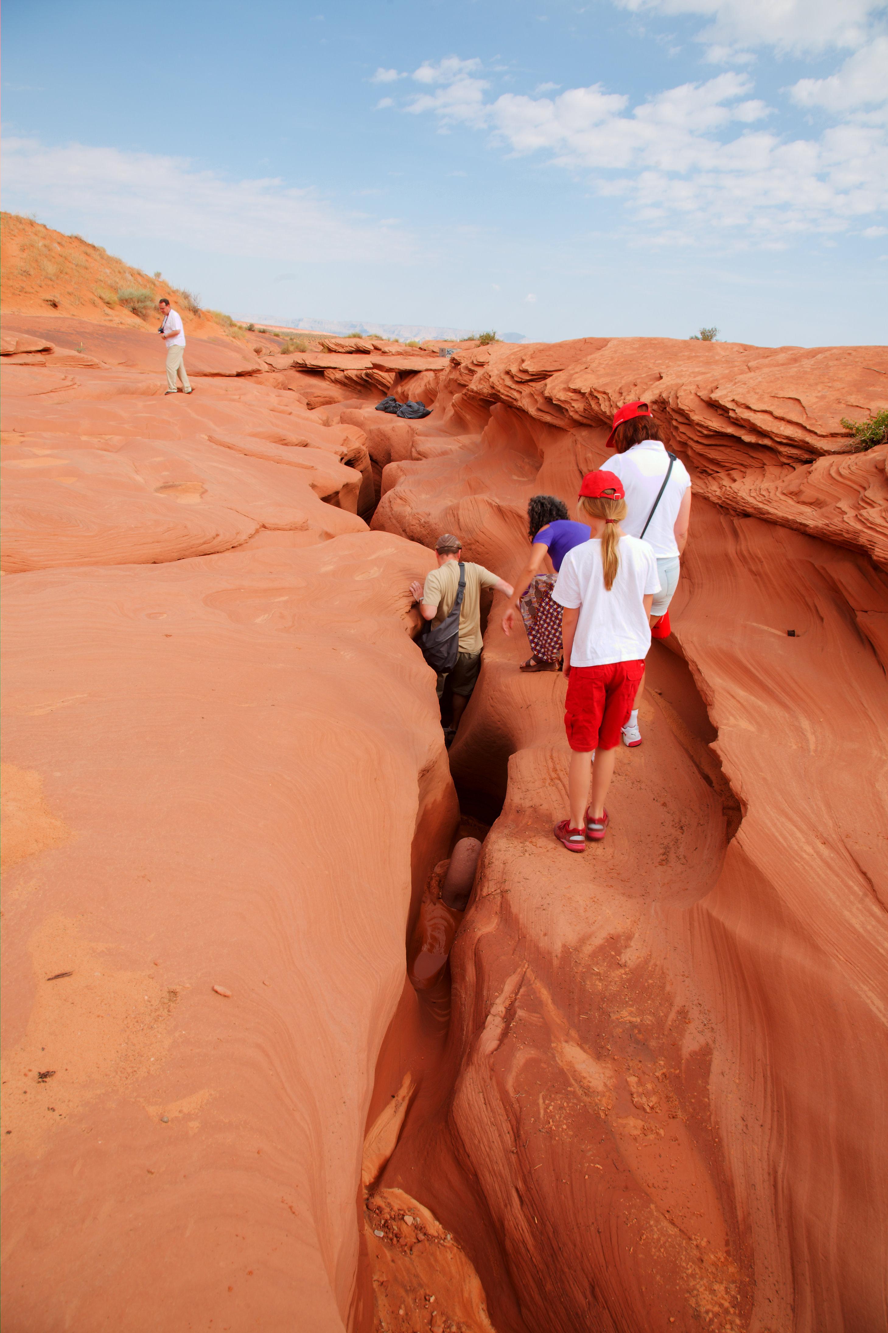 File:Lower Antelope Canyon entrance 01.jpg - Wikipedia