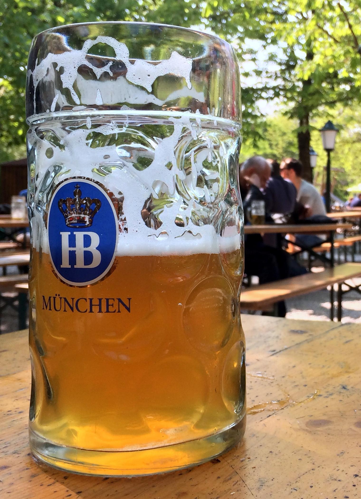 Bildergebnis für fotos von einer maß bier