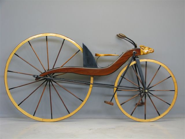 Bestand:MacMillan bicycle 1842 replica.jpg