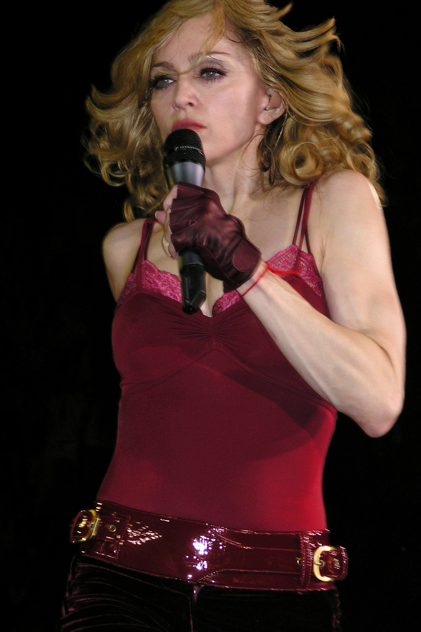 The Confessions Tour Full