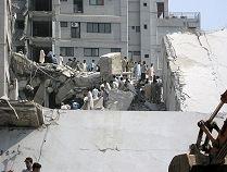 İslamabad'da yıkılmış bir bina