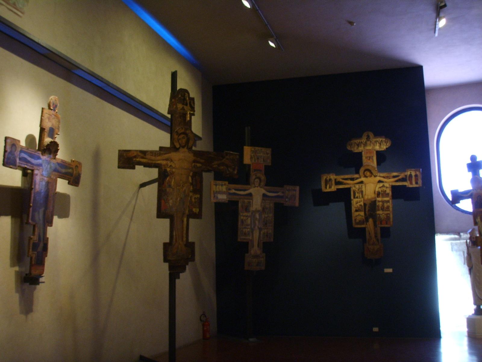 File museo di san matteo sala delle croci dipinte 02 jpg - Pagine da colorare croci ...