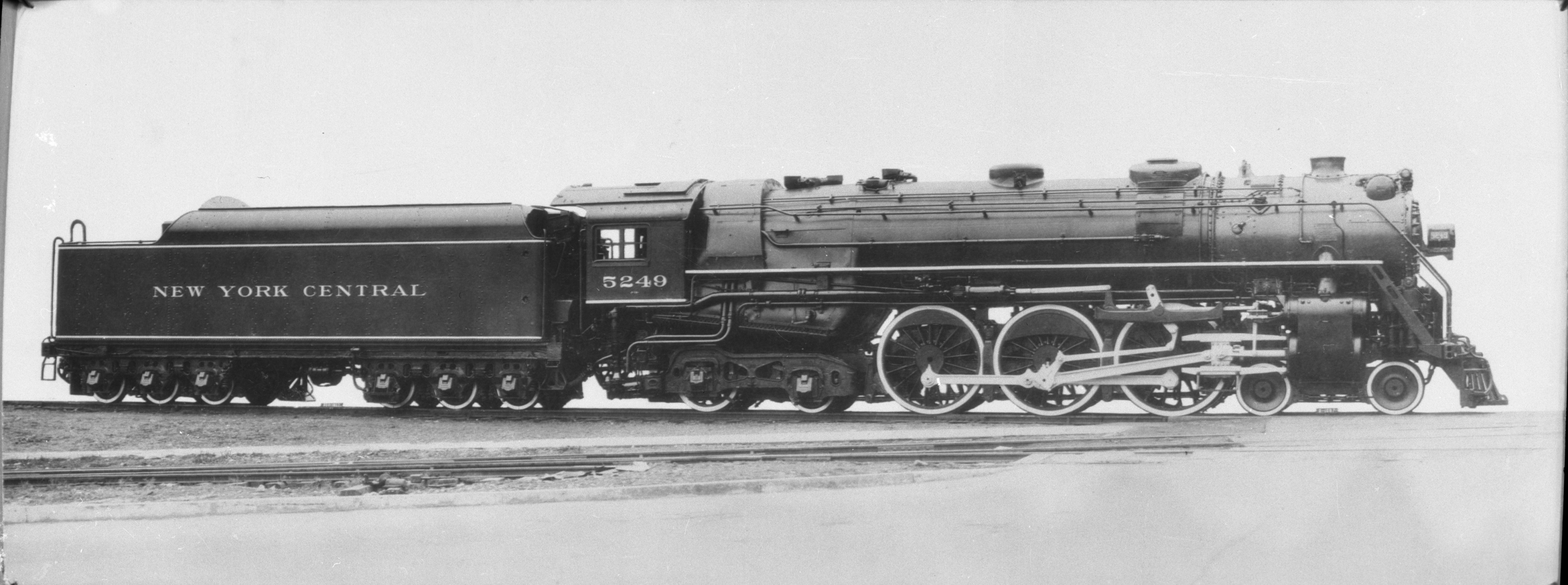 NYC Hudson 4 6 4 Photos http://commons.wikimedia.org/wiki/File:New_York_Central_4-6-4_Hudson_locomotive,_5249_(CJ_Allen,_Steel_Highway,_1928).jpg
