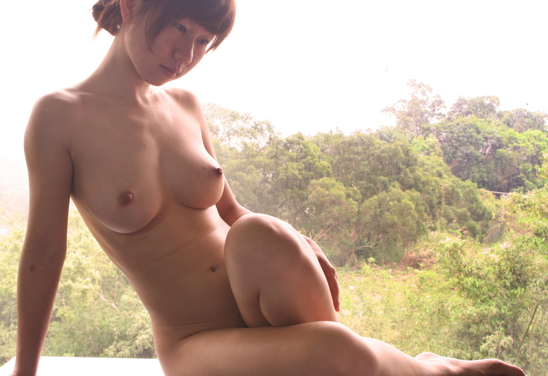 Are asian women in the nude