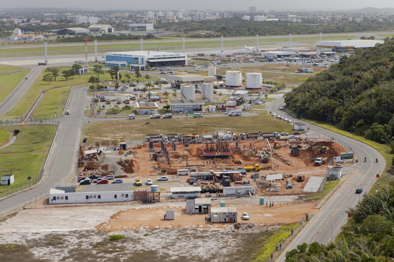 Aeroporto De Salvador : File obras no aeroporto de salvador g wikimedia commons