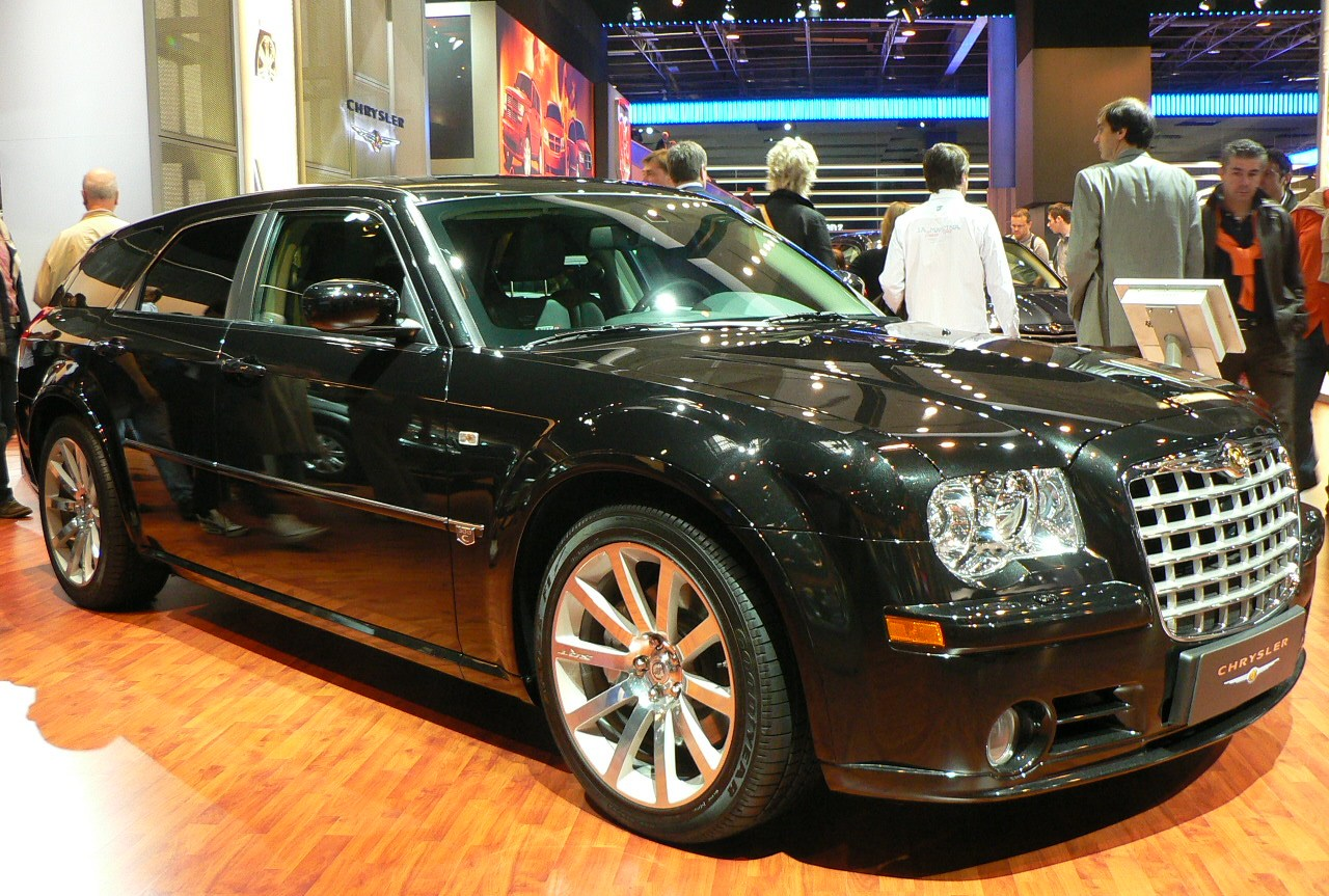 file paris 2006 chrysler 300c break jpg wikimedia commons. Black Bedroom Furniture Sets. Home Design Ideas