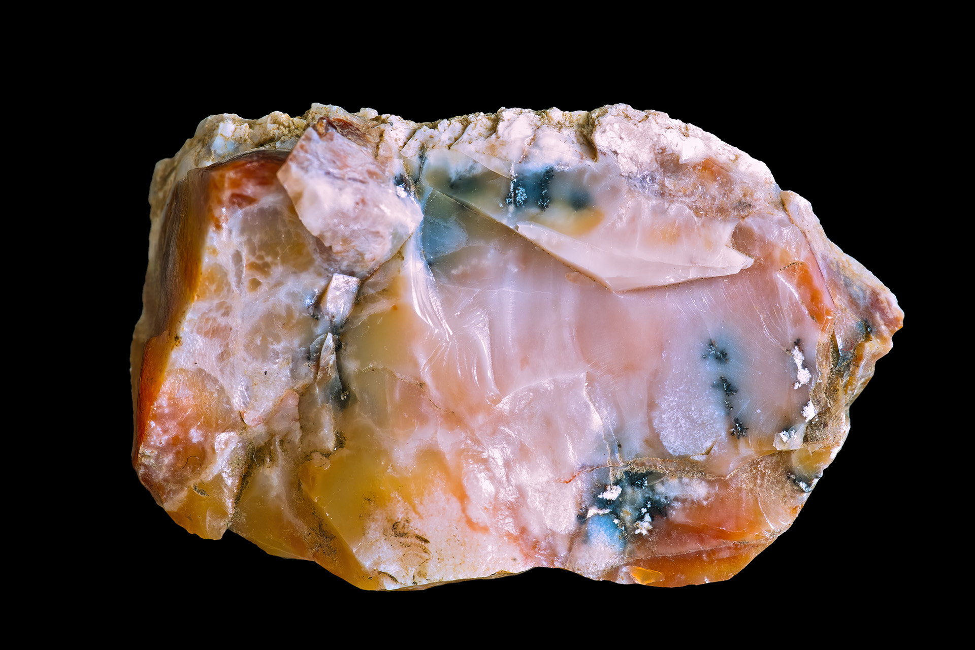 http://upload.wikimedia.org/wikipedia/commons/8/8c/Polychromic_opal_Bohouskovice.jpg