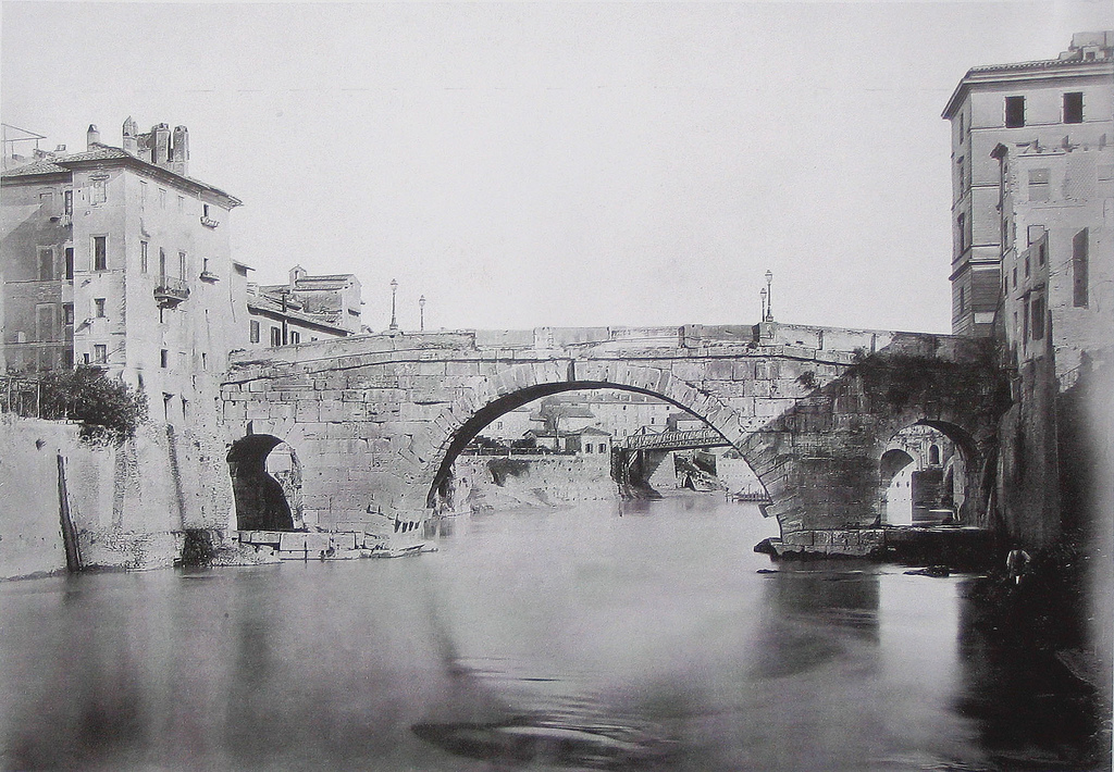 Ponte Cestio, Rome, Italy. Pic 01.jpg