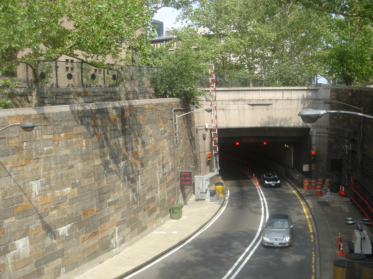 Breaking News On Queens Midtown Tunnel New York Ny Us