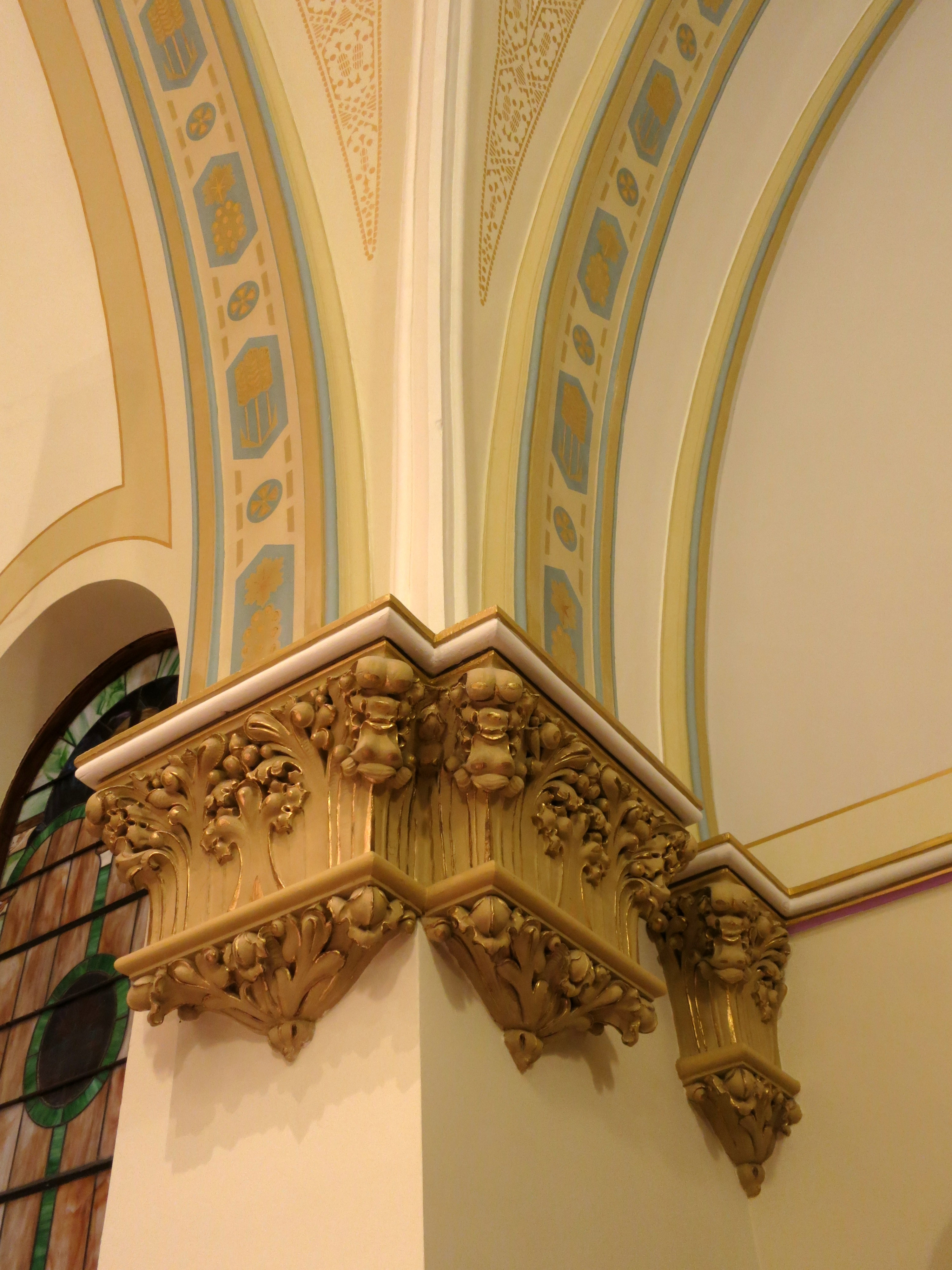 corbel and for islands best decoration homebnc victorian corbels decorative ideas designs kitchen decor