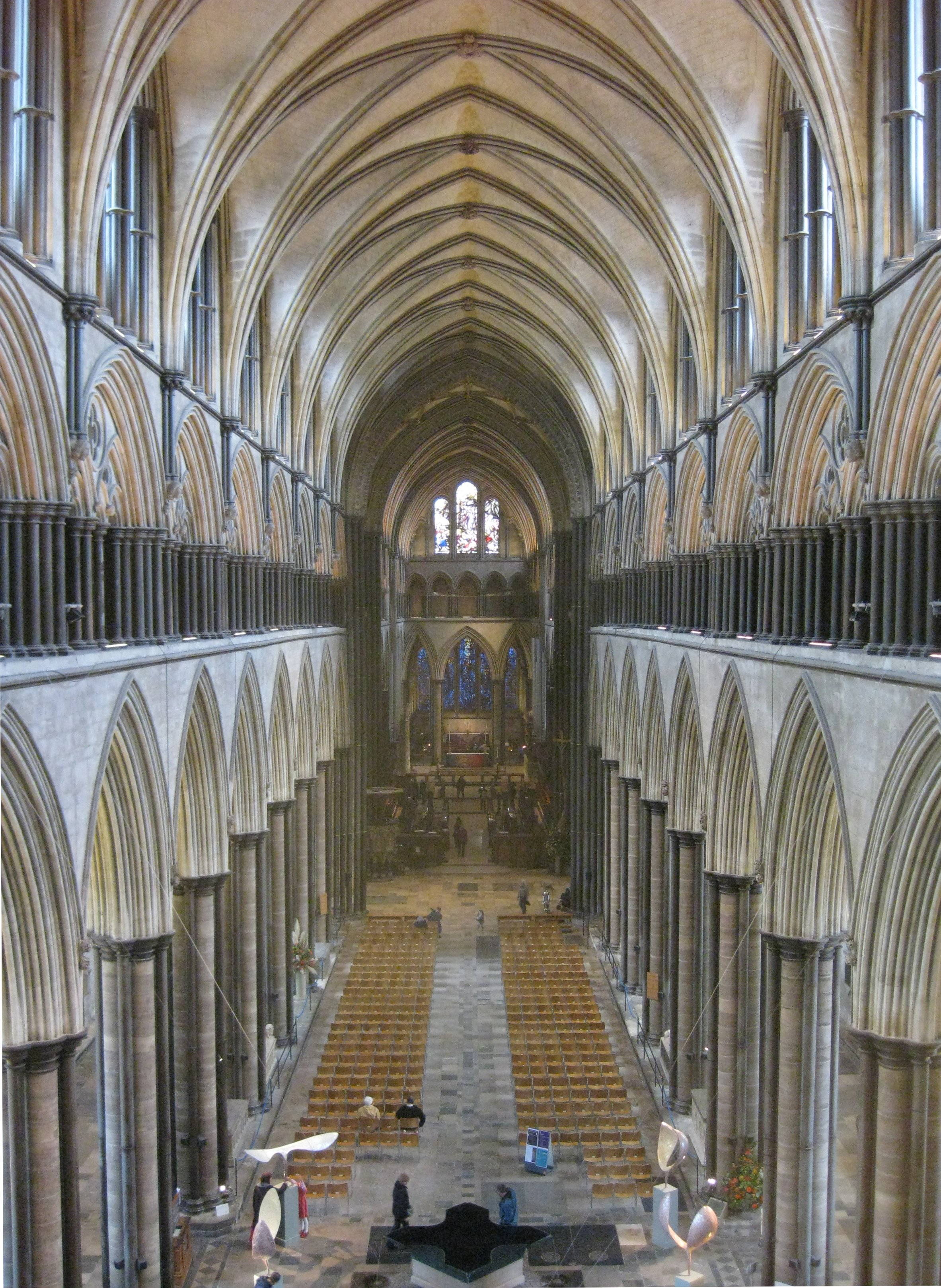 File:Salisbury Cathedral, Nave.jpg - Wikimedia Commons
