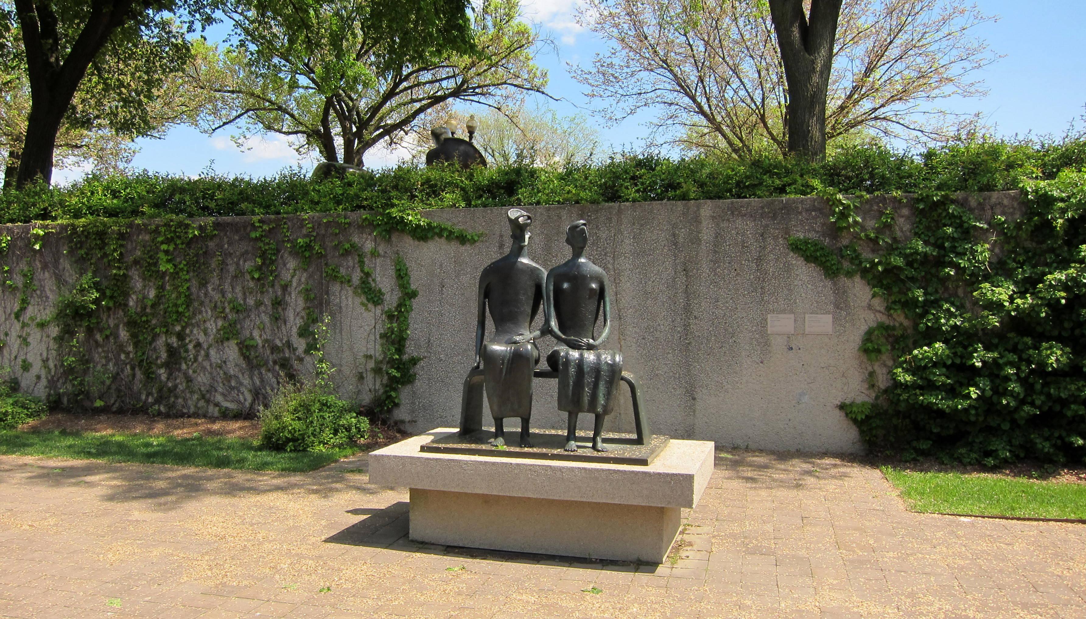 File Sculpture Garden Hirshhorn Museum Jpg Wikimedia Commons