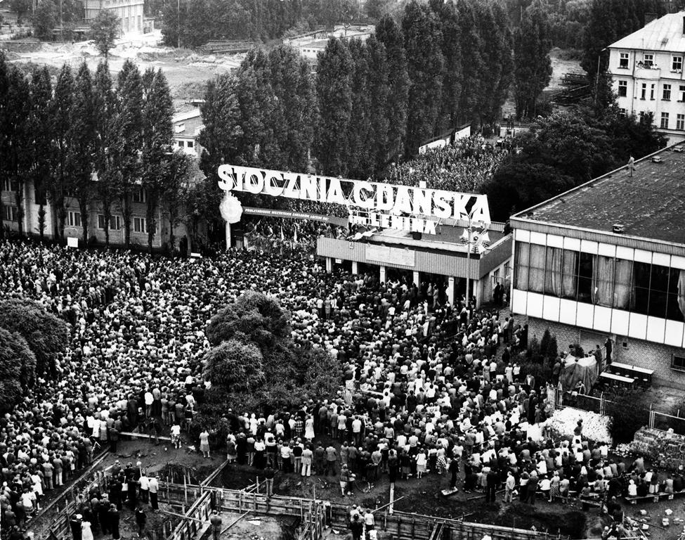 """Резултат с изображение за синдиката """"Солидарност"""""""