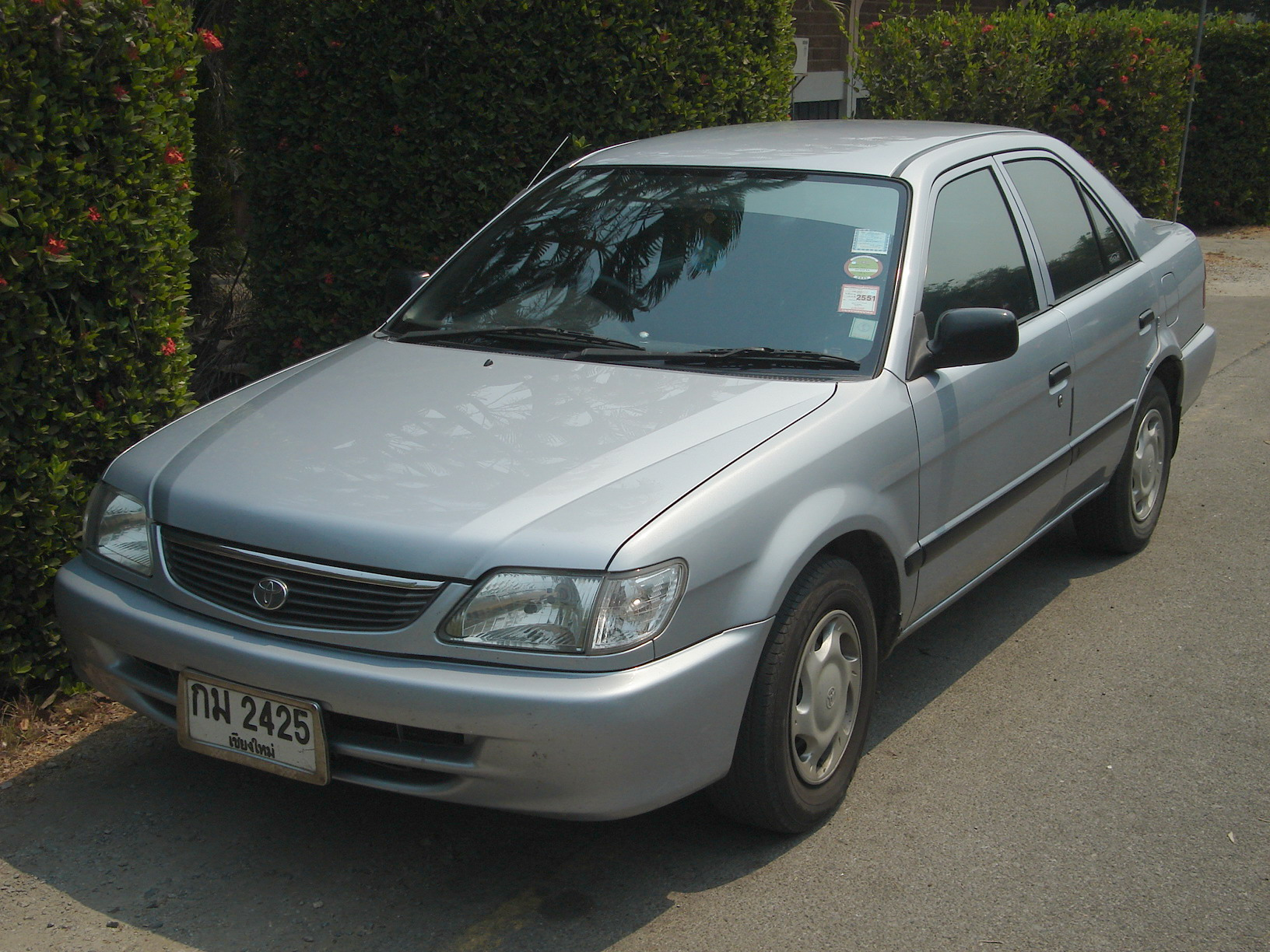 Toyota soluna manual