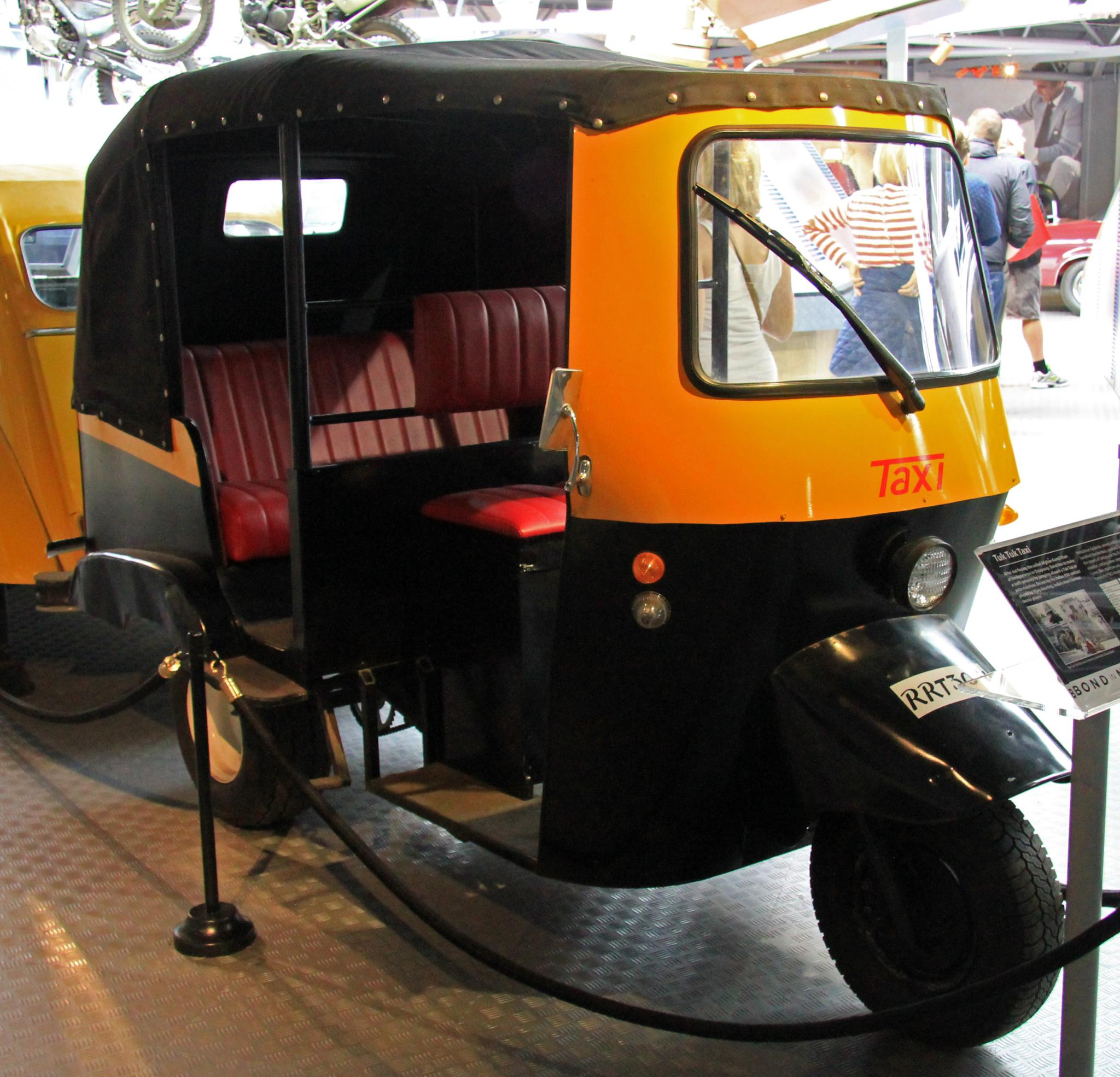 File:Tuk Tuk Taxi (Octopussy) Front-right National Motor