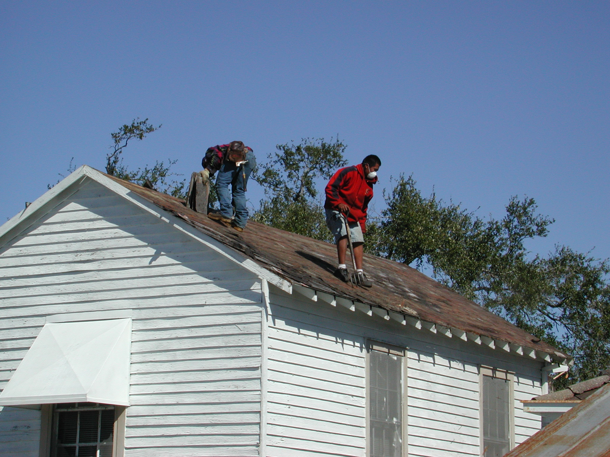 Roofer wikidwelling for Roofing forum