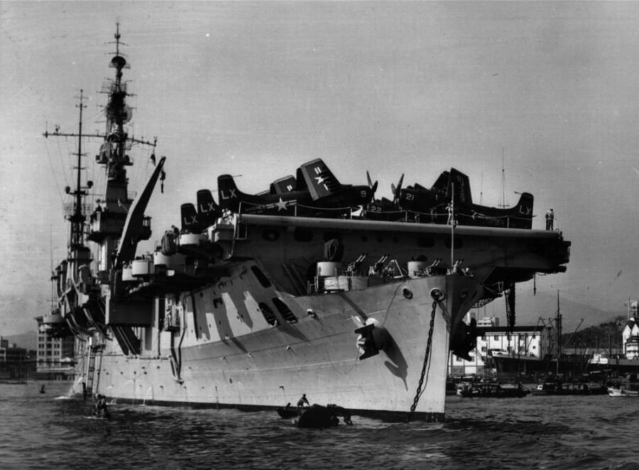 USS Saipan в Гонконге