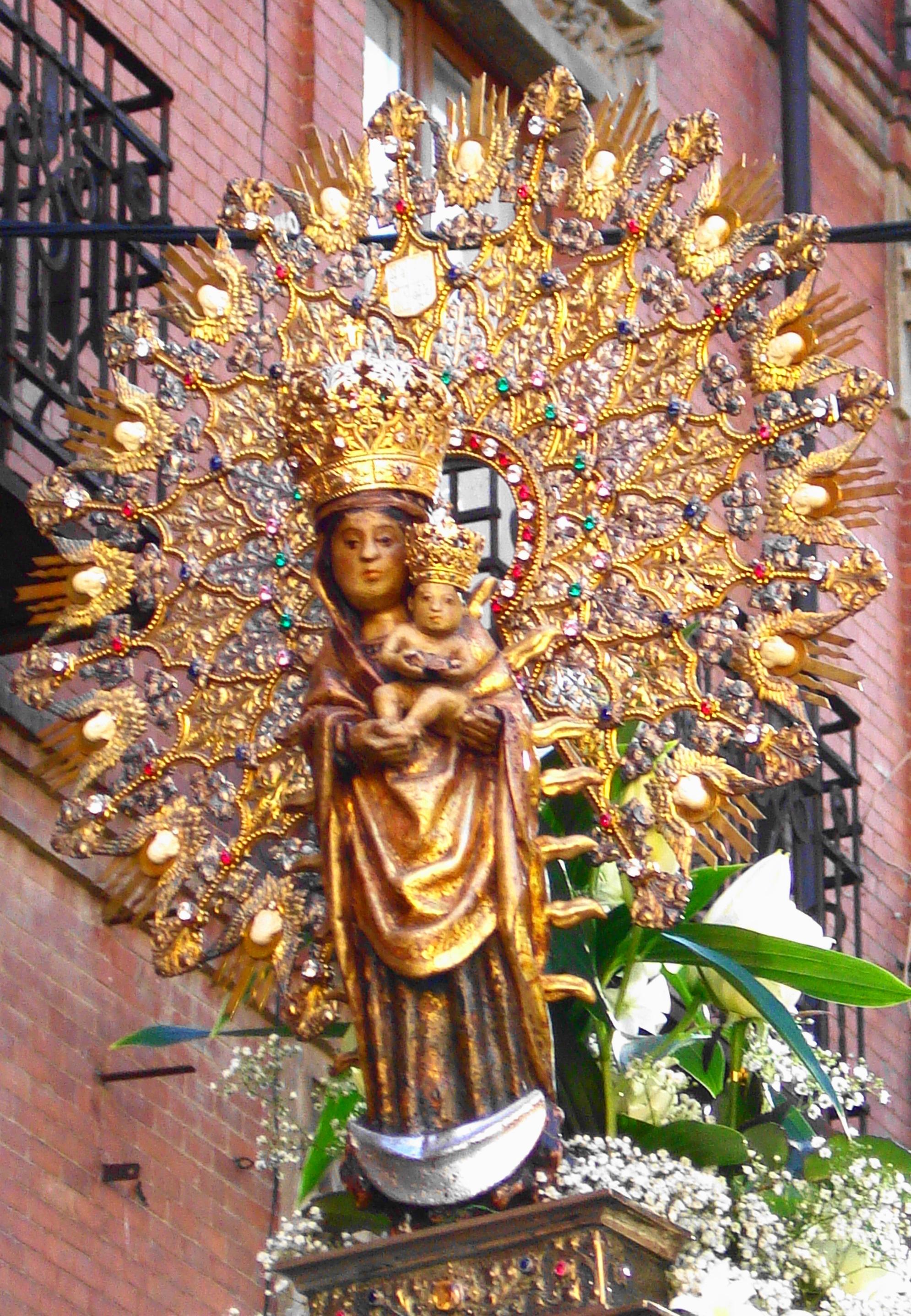 Virgen De La Calle