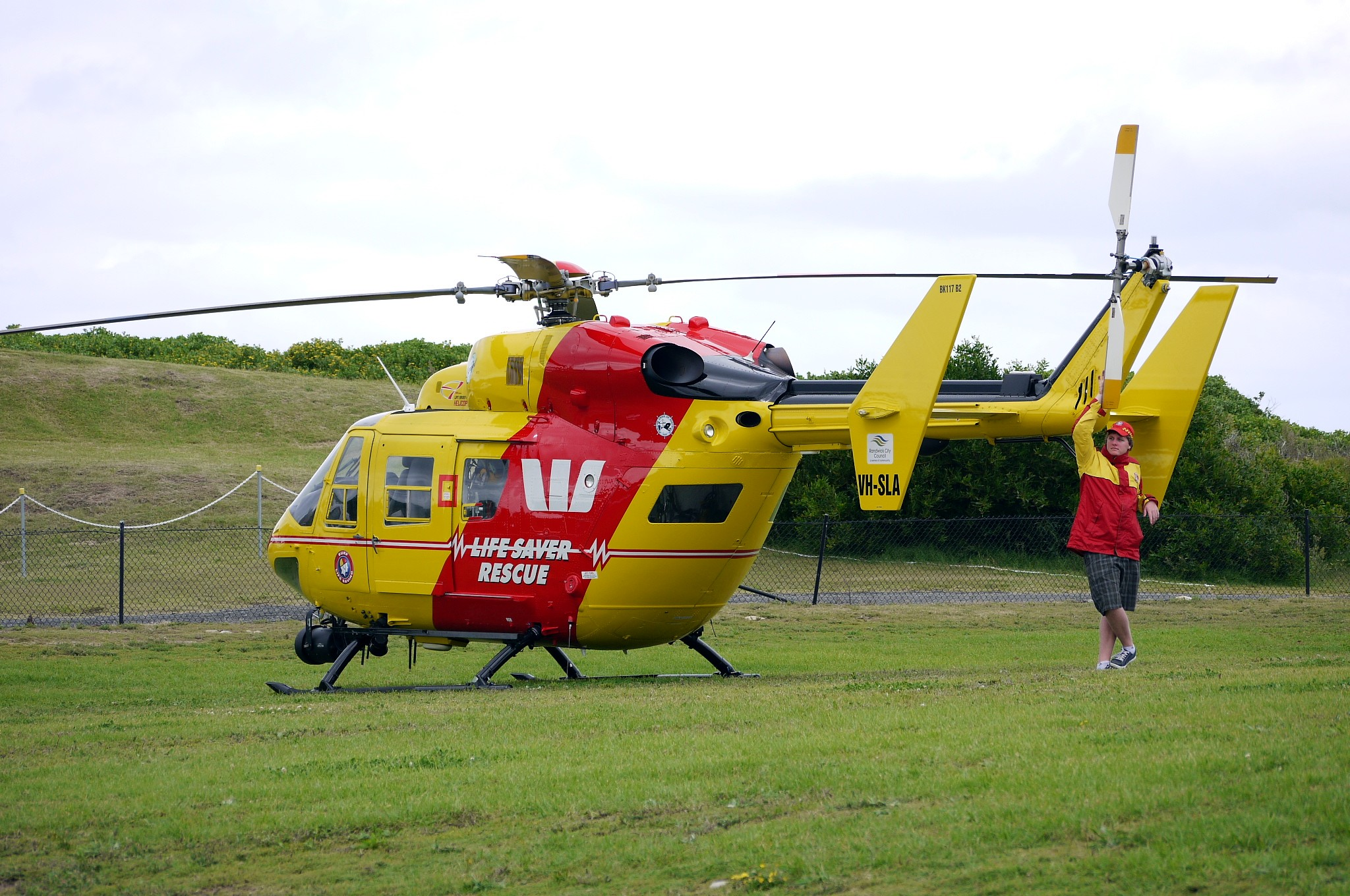 Pics photos police background police background police background - File Westpac Rescue Helicopter Service Bk 117 Flickr