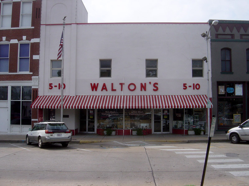 File walton 39 s five and dime store bentonville arkansas Five and dime stores history