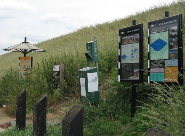 Wilstone Reservoir (Information) - geograph.org.uk - 1413858